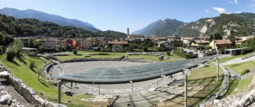 Teatro ed Anfiteatro romano a Cividate Camuno.