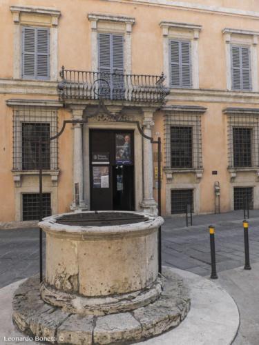 Verna del pozzo etrusco di palazzo Sorbello di Perugia